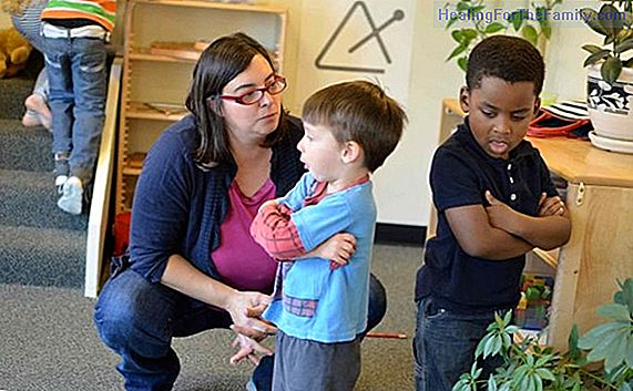 Activities to teach children to resolve conflicts