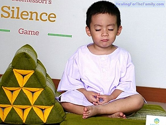 Montessori's silence game for children