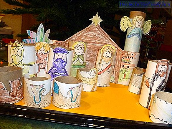Bethlehem with rolls of paper. Christmas Crafts