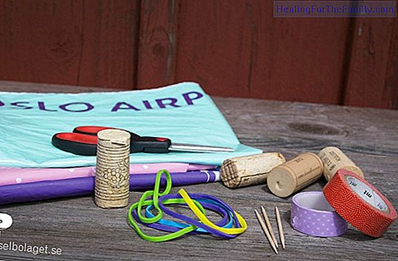 Boat with corks. Easy and fun crafts for children