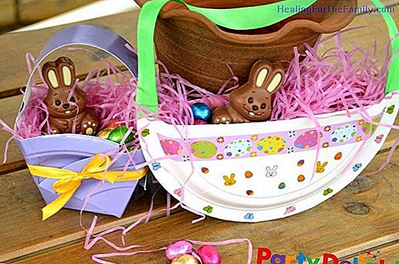 Crafts for children of Easter rabbits