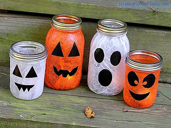 Halloween lantern ghost. Easy crafts