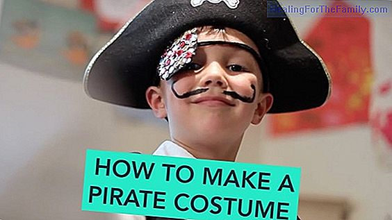 How to make a child pirate costume