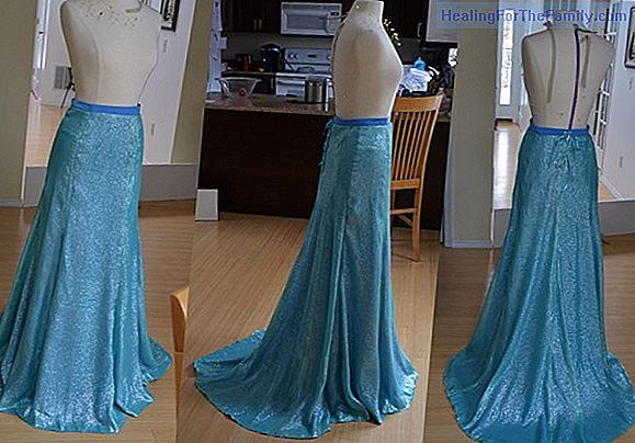 How to make a homemade Elsa Frozen costume