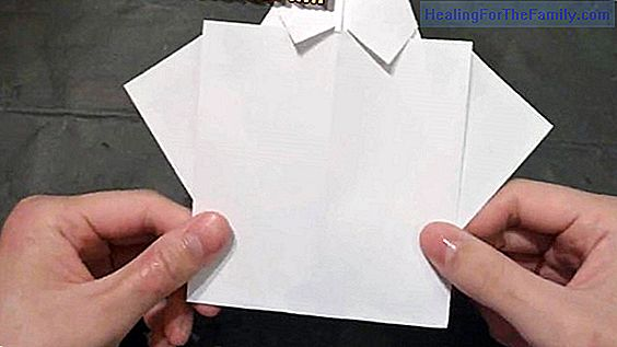 Origami shirts. Crafts with paper