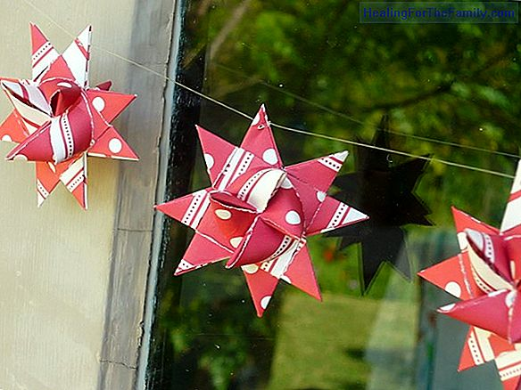 Origami garland. Craft ornaments