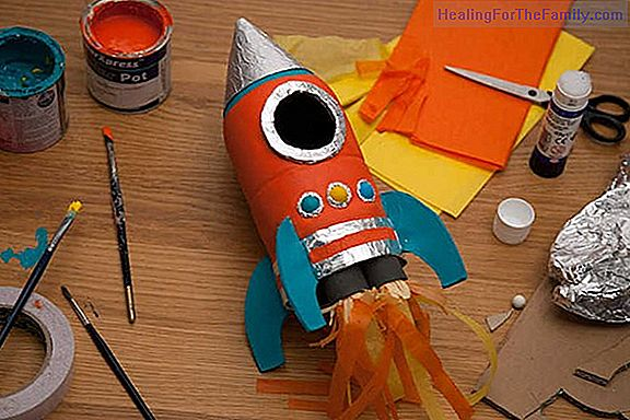 Tin money box. Children's recycling crafts