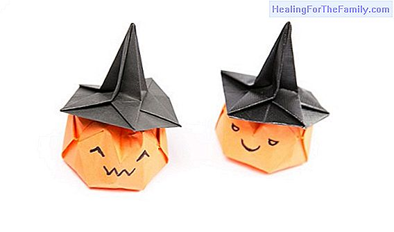 Witch hat. Crafts with cardboard
