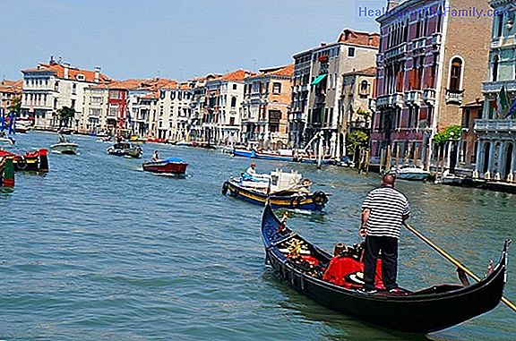 How to get to Venice traveling with children
