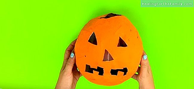 Zucca Halloween Cartapesta.Zucca Di Cartapesta L Artigianato Halloween Famiglia 2017 2017